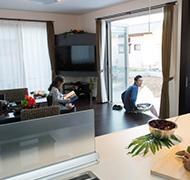 信頼できるスタッフと創った、自分らしく遊び心を満たす家。