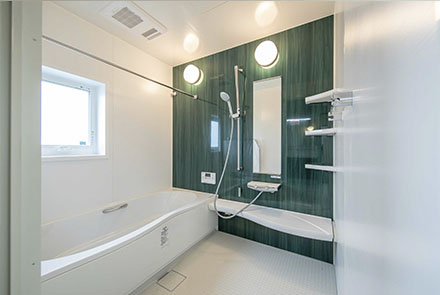 素材の質感と快適な空間づくりを大切にした家